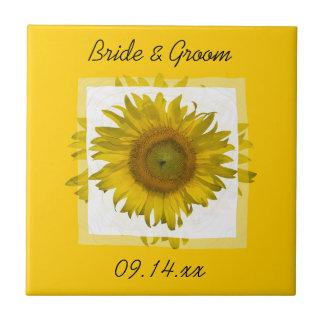 Mariage jaune de tournesol petit carreau carré