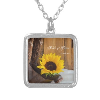 Mariage occidental de tournesol de pays collier
