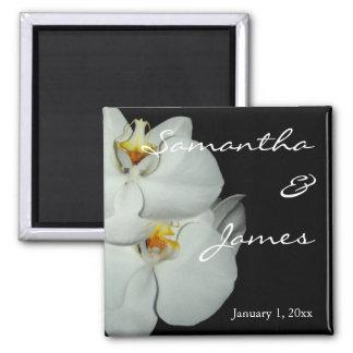 Mariage personnel de deux orchidées blanches aimant