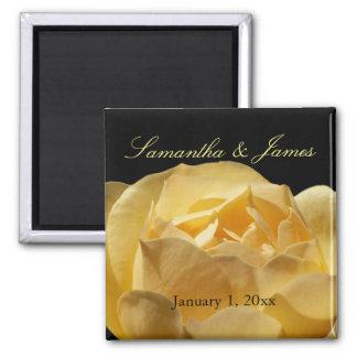 Mariage personnel de rose jaune aimant