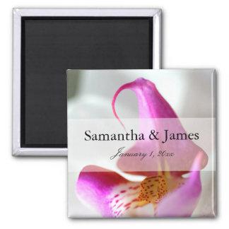 Mariage personnel d'orchidée pourpre et blanche aimant