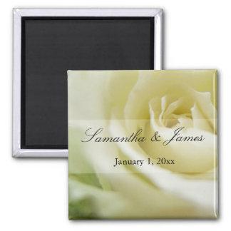 Mariage personnel doux de rose blanc aimant