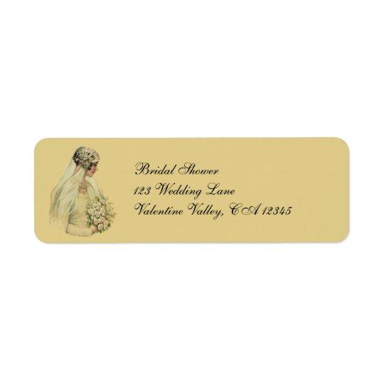 Mariage vintage, portrait nuptiale de jeune mariée étiquette d'adresse retour