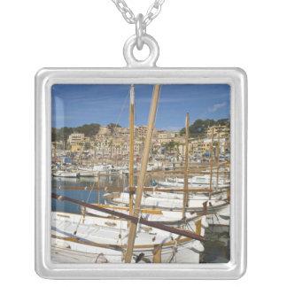 Marina, Port de Soller, côte ouest, Majorque, Pendentif Carré