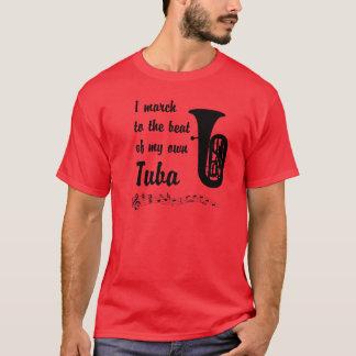 Mars au battement : Tuba T-shirt
