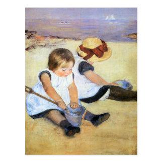 Mary Cassatt jouant sur la carte postale de plage