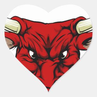 Mascotte rouge fâchée de taureau sticker cœur