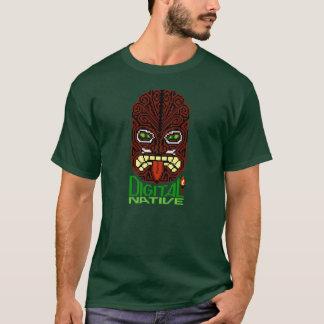Masque à 8 bits indigène d'insulaire de Tiki d'art T-shirt