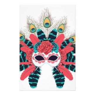 Masque avec des roses et Feathers2 Papier À Lettre Customisable