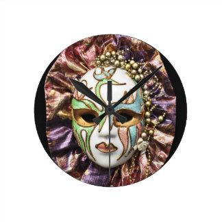 Masque décoratif de carnaval pendule
