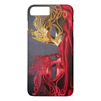 Masque décoré de mascarade sur le velours rouge coque iPhone 7 plus