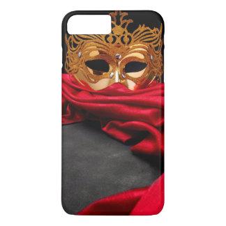Masque décoré pour la mascarade sur le velours coque iPhone 7 plus