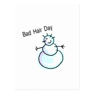 Mauvais bonhomme de neige de jour de cheveux carte postale