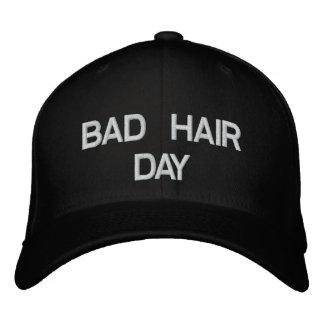 Mauvais casquette de jour de cheveux casquette brodée