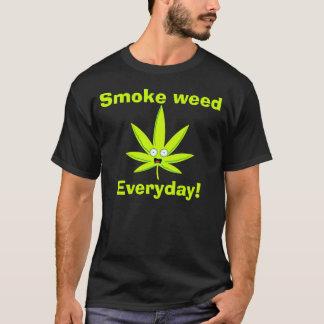 Mauvaise herbe de fumée t-shirt