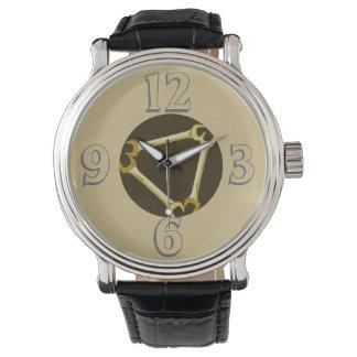 Mécanicien de voiture de clé d'outil d'hommes d'or montres bracelet