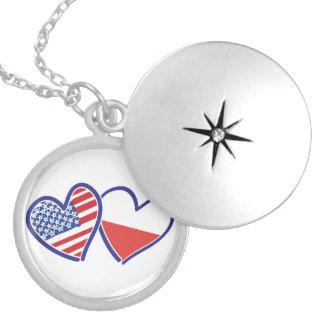 Médaillon Avec Fermoir Coeurs de drapeau des Etats-Unis Pologne