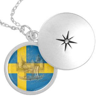 Médaillon Avec Fermoir Drapeau et symboles de la Suède ID159