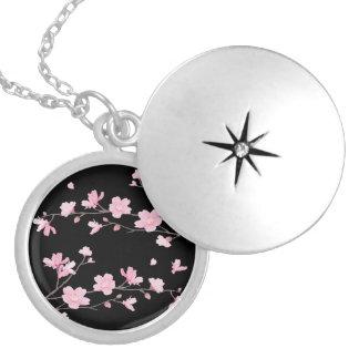 Médaillon Avec Fermoir Fleurs de cerisier - noir