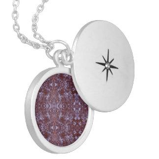 Médaillon Avec Fermoir Roche de sel de Medilludesign sous le microscope