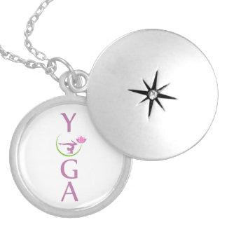 Médaillon Avec Fermoir yoga avec un lotus rose