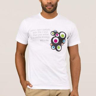 Médias sociaux : Globes oculaires de Getting T-shirt