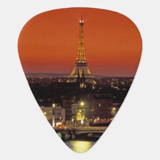 Médiators L'Europe, France, Paris. Vue de coucher du soleil