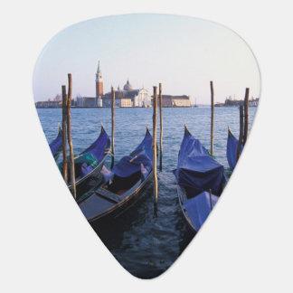 Médiators L'Italie, la Vénétie, Venise, rangée des gondoles
