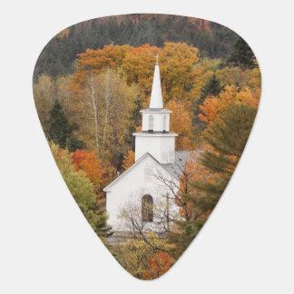 Médiators Paysage d'automne avec l'église, Vermont,