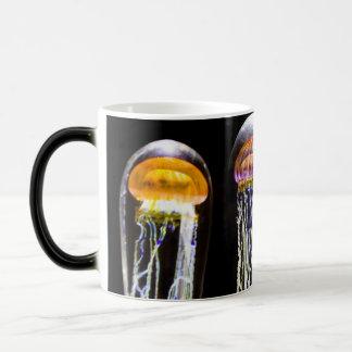 Méduses rougeoyantes mug magic