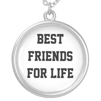 Meilleurs amis pendant la vie pendentif rond