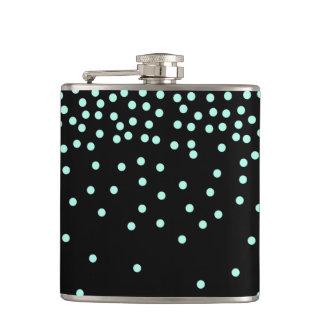 menthe élégante et points noirs flasques