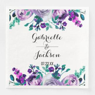 Menthe et monogramme floral pourpre de mariage serviettes en papier