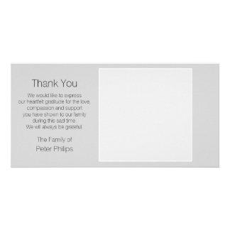 Merci gris de sympathie de modèle avec la modèle pour photocarte