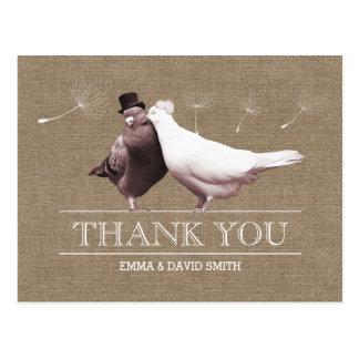 Merci rustique d'inséparables de toile de jute carte postale