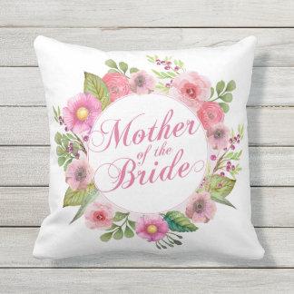Mère du coussin floral élégant de mariage de jeune
