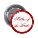 Mère rouge de la jeune mariée épousant le Pin Pin's