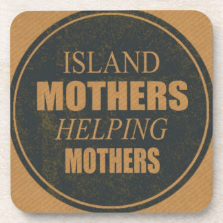 Mères d'île aidant des dessous de verre de mères dessous-de-verre