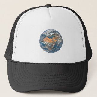 Mettez à la terre la vue concentrée sur le berceau casquette