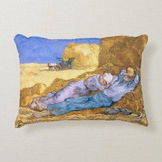 Midi de Vincent van Gogh |, la sièste, après Coussins Décoratifs