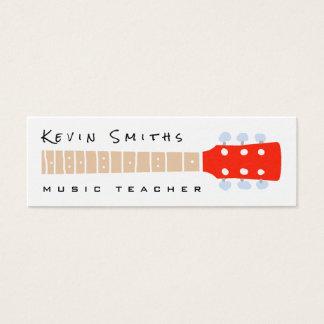 Mini Carte De Visite cou de guitare de couleur sur le professeur de