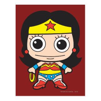 Mini femme de merveille carte postale