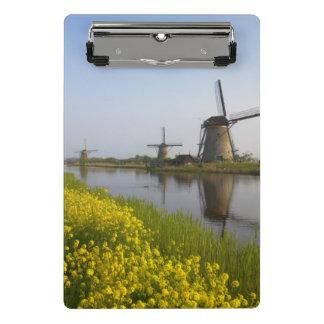 Mini Porte-bloc Moulins à vent le long du canal dans Kinderdijk