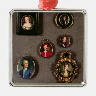 Miniatures de LtoR, TtoB : Frances Teresa Stuart, Ornement Carré Argenté