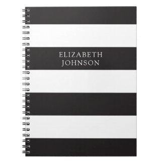 Minimaliste moderne de journal noir et blanc barré