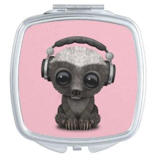 Miroir Compact Écouteurs de port mignons du DJ de blaireau de