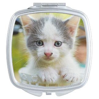 Miroir Compact Le chaton monte un vélo