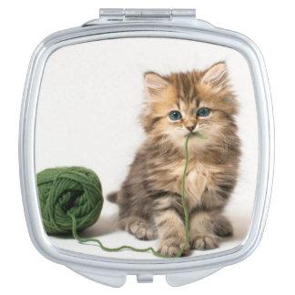 Miroir De Poche Chaton avec le fil vert
