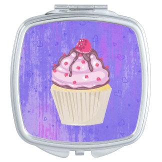 Miroirs Compacts Petit gâteau doux avec la framboise sur le dessus