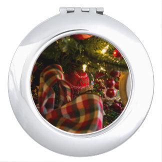 Miroirs De Voyage Dans un arbre de Noël